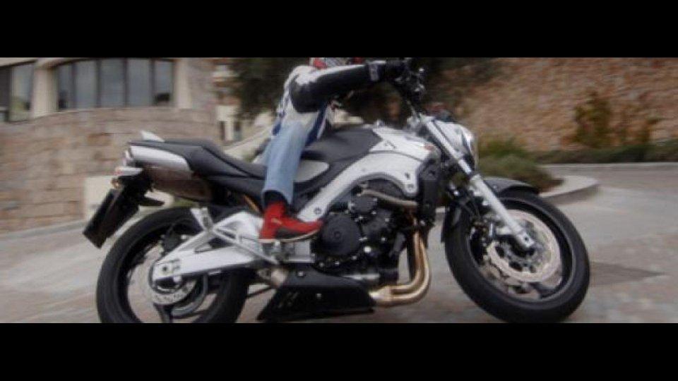 Moto - News: Suzuki GSR 600 2006 - TEST