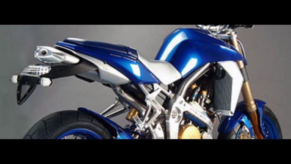 Moto - News: Husqvarna STR 650 CRC