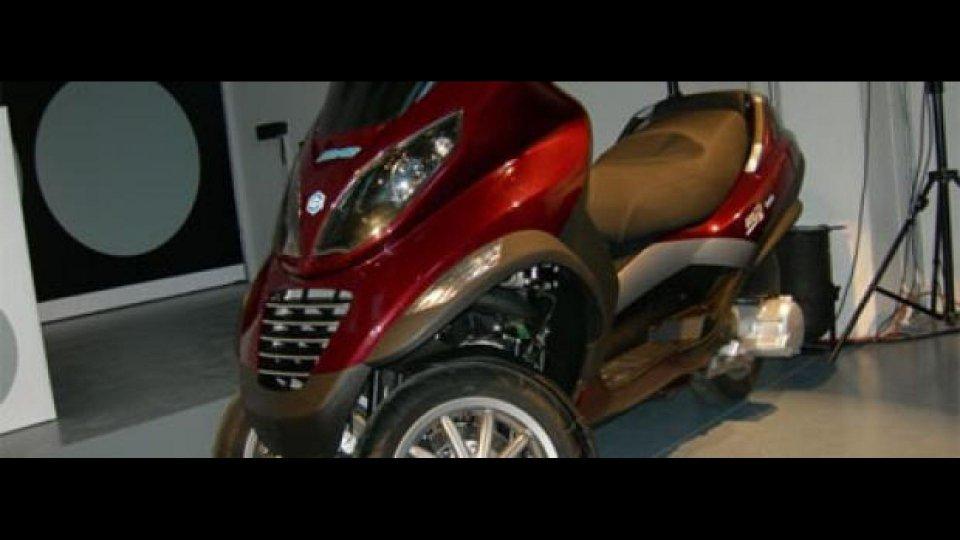 Moto - News: Piaggio HyS (Hyrid Scooter)