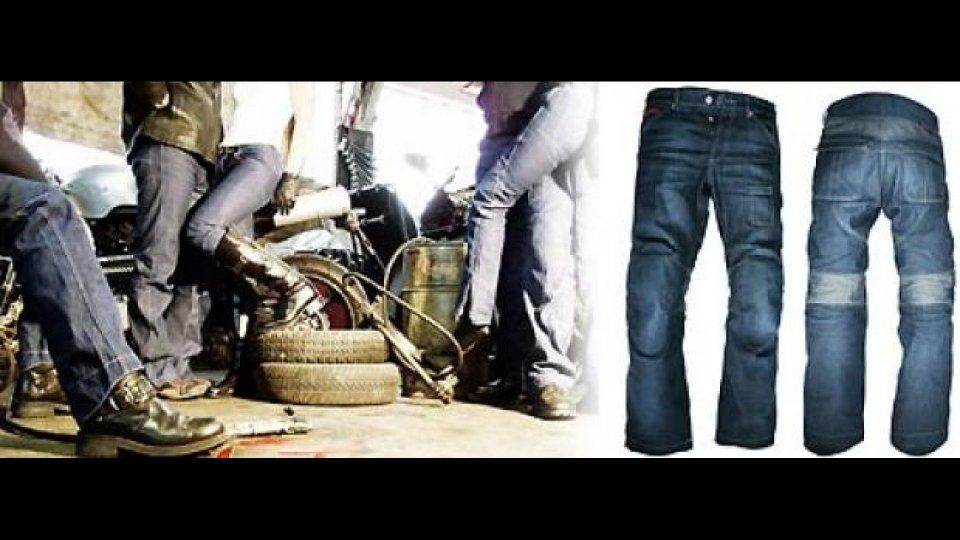Moto - News: Ber Racing distribuisce i jeans Esquad