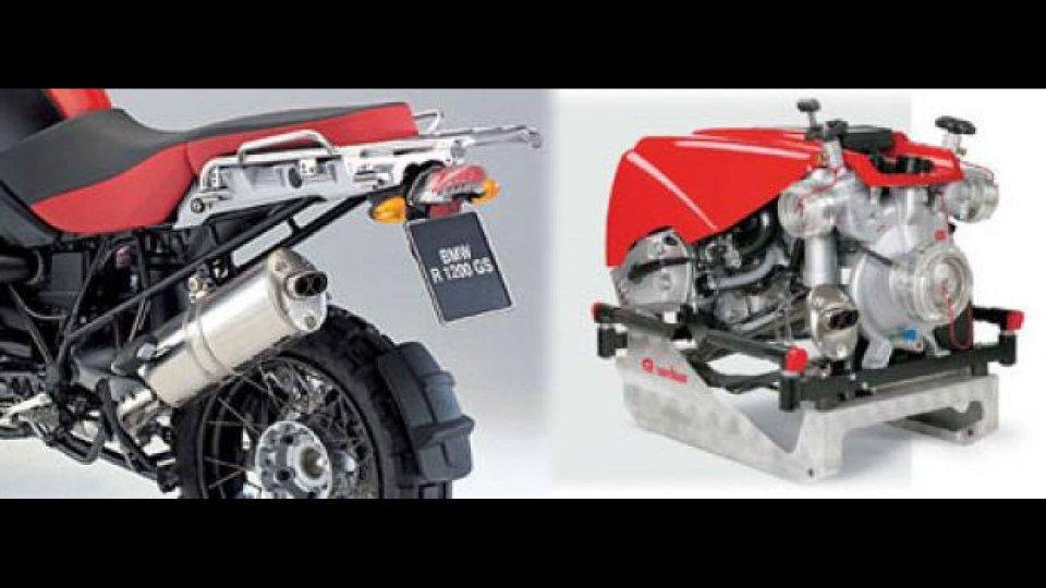 Moto - News: Il boxer BMW? Spegne anche gli incendi!