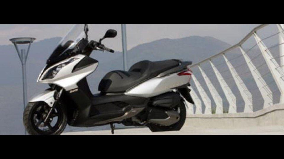 Moto - News: Kymco Downtown 200i 2010