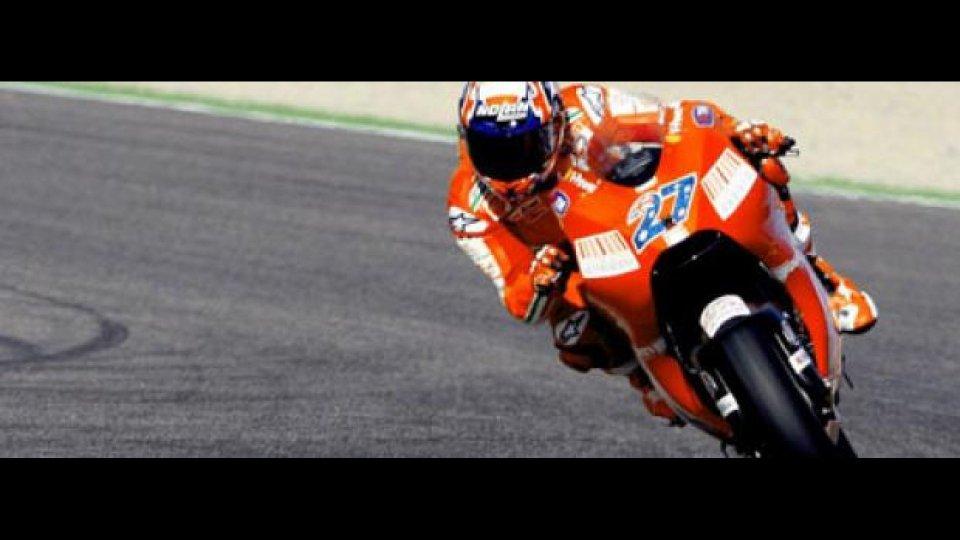Moto - News: MotoGP 2009, Valencia, FP1: Stoner su tutti