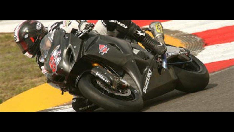 Moto - News: WSBK 2010, Portimao, Test/1: Haslam davanti