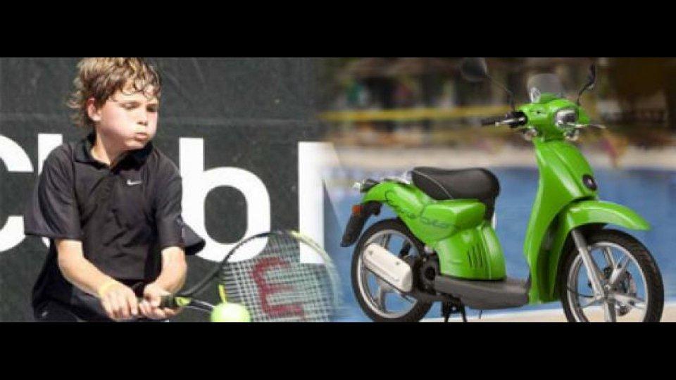 Moto - News: Scarabeo e Nike per il tennis giovanile