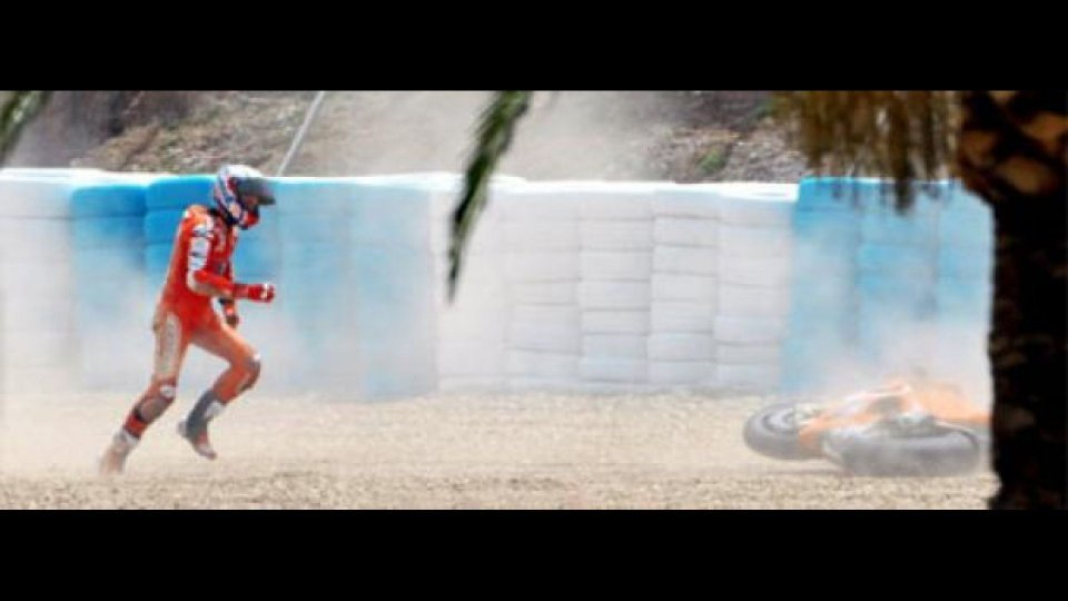 Moto - News: MotoGP 2010, Jerez, FP1: Stoner croce e delizia