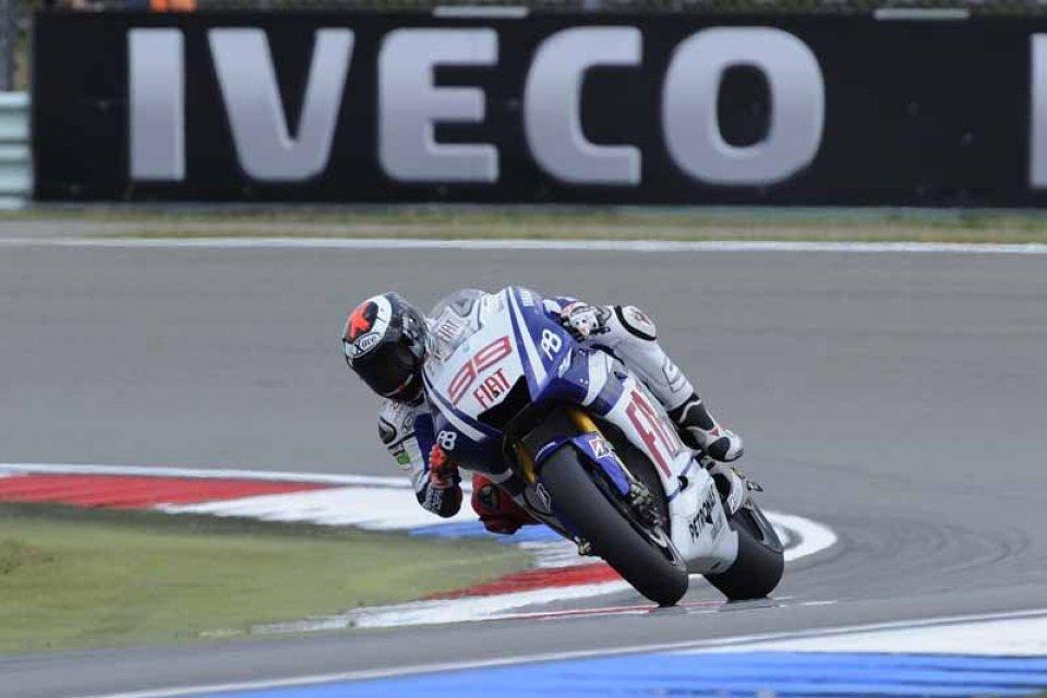 Moto - News: Lorenzo, 2a pole: chi lo ferma più?