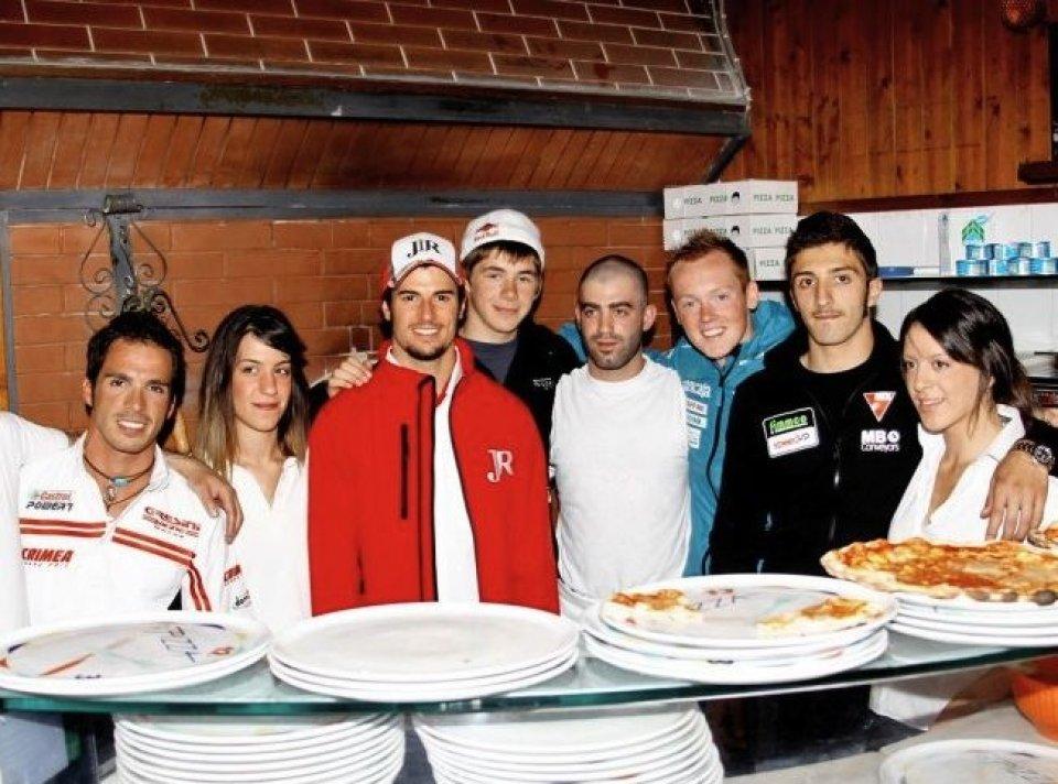 Moto - News: Moto2: Piloti pizzaioli a Scarperia