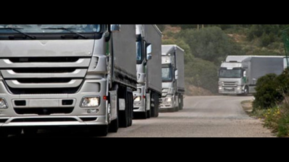 Moto - News: Il trasporto su gomma in Italia: 731 autocarri ogni km di autostrada