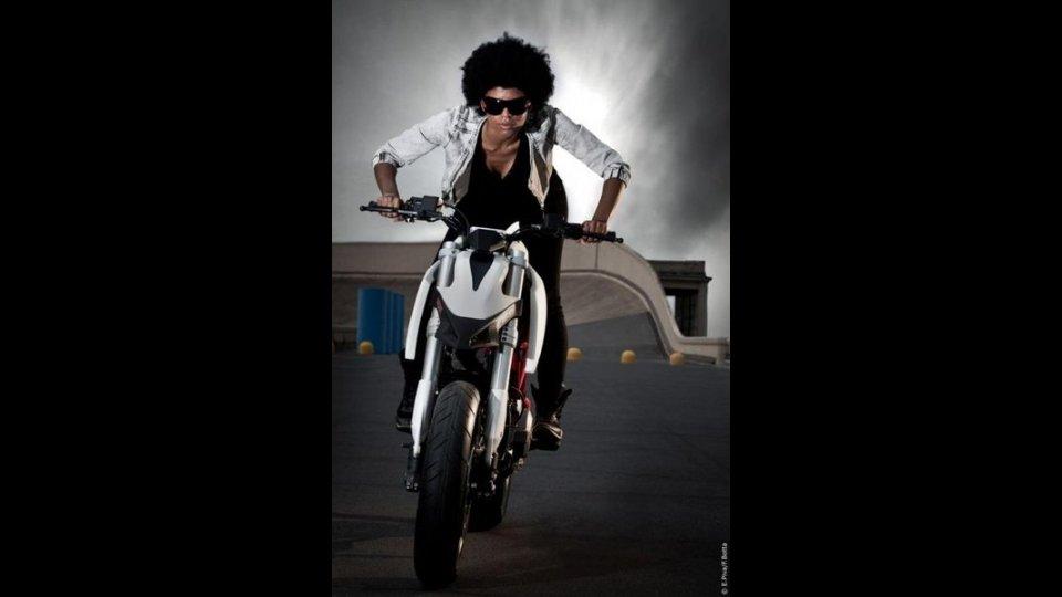 Moto - Gallery: IED 2010: Ducati Twin Concept by Simone Buonpensiere e Daniele Mazzon