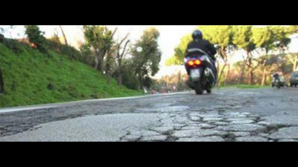 """Moto - News: Coordinamento Motociclisti: """"Tutte le buche portano a Roma 2"""""""