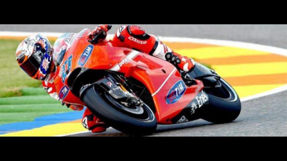 Moto - News: MotoGp, Valencia, Libere 1: Stoner imprendibile