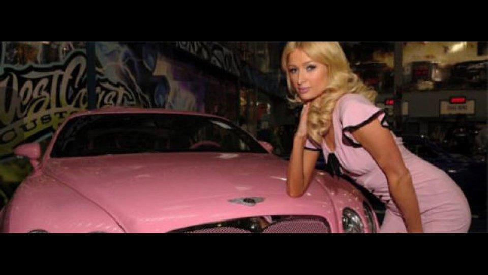 Moto - News: 125Gp 2011: Paris Hilton scende in pista con un suo Team