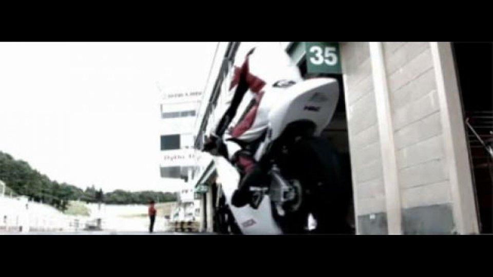 Moto - News: Honda NRS 250 in pista a Sugo