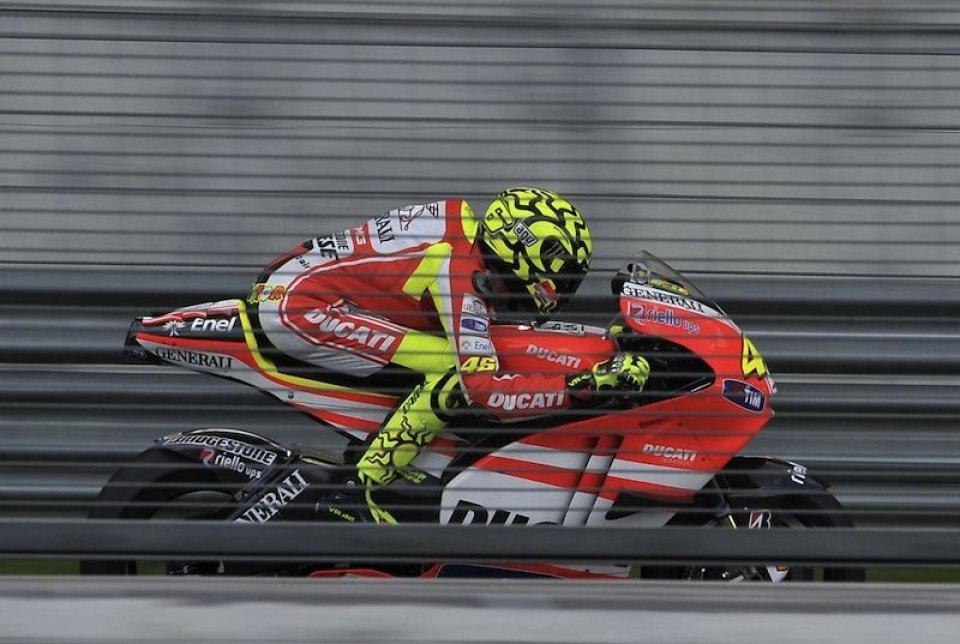 Moto - News: Rossi a Sepang: la fotogallery