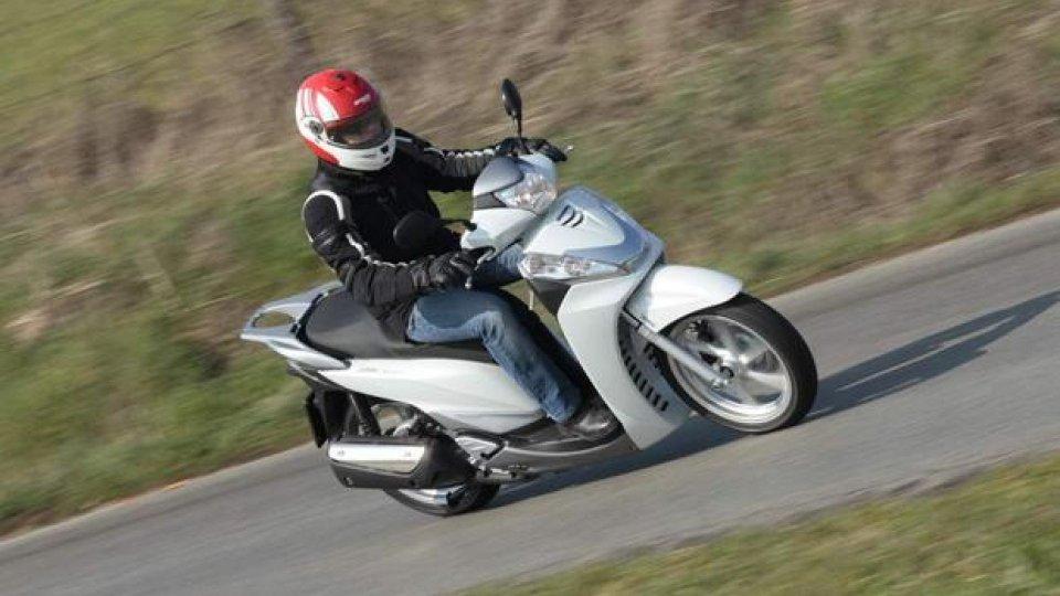Moto - Test: Honda SH300i 2011 - TEST