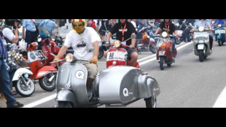 Moto - News: Buon Compleanno Vespa