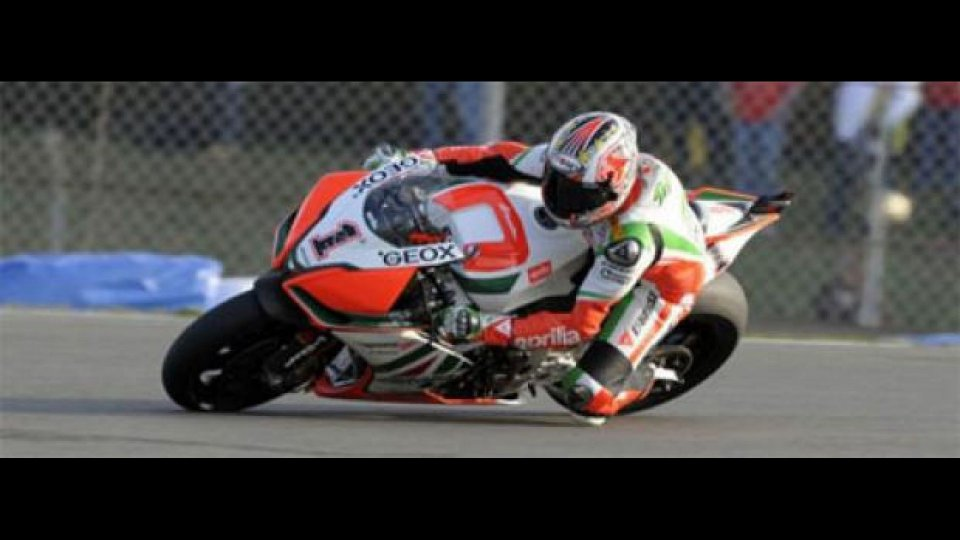 Moto - News: WSBK, Donington, Q2: Biaggi non sbaglia
