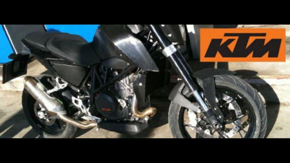 Moto - News: KTM Duke 690 2012