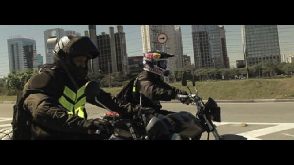 "Moto - News: Red Bull X-Fighters 2011: ""Motoboy"" Maddison"