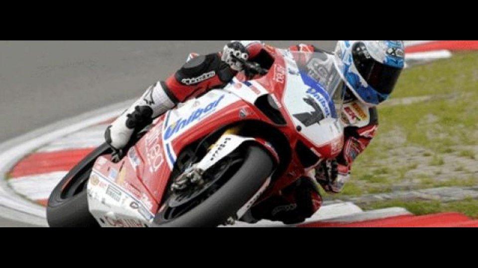 Moto - News: WSBK 2011: Magny-Cours, Libere 1, Checa subito velocissimo