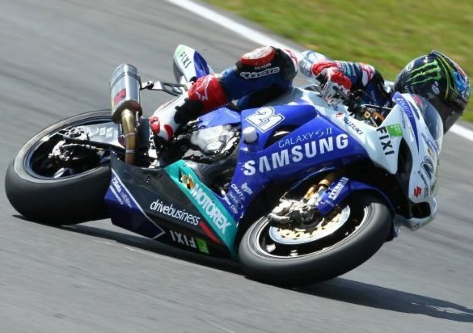 Moto - News: SBK: Crescent Suzuki nel mondiale
