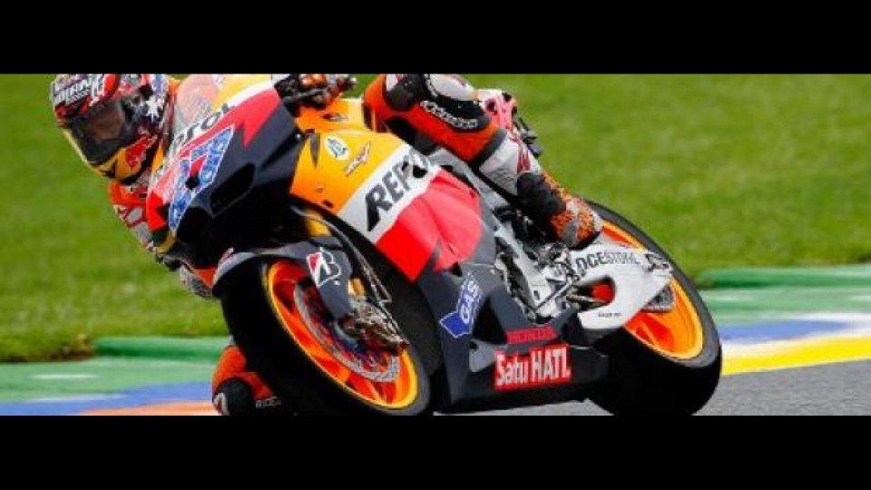 Moto - News: MotoGP 2011, Valencia, Gara: Stoner beffa Ben Spies