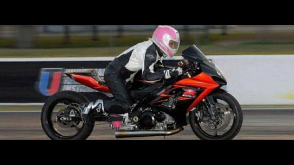 Moto - News: Tiffany Butler: guarda come ti accelero!
