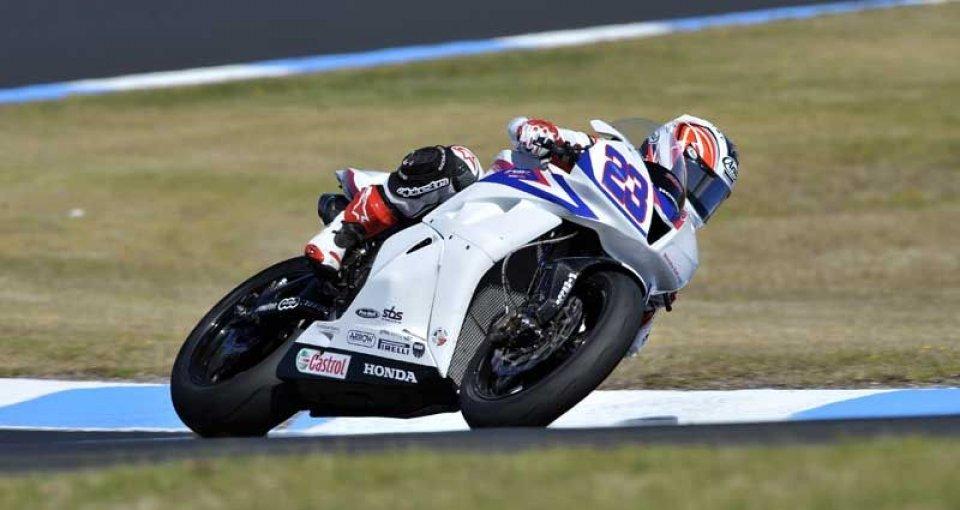 Moto - News: WSS: Parkes in pole, ma Cluzel c'è