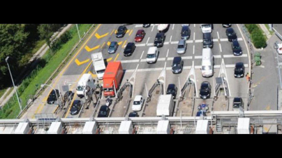 """Moto - News: Pedaggio """"free flow"""" per il futuro delle Autostrade?"""