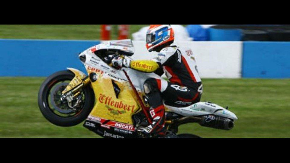 Moto - News: WSBK 2012, Miller, Libere 1: Smrz vola sul bagnato
