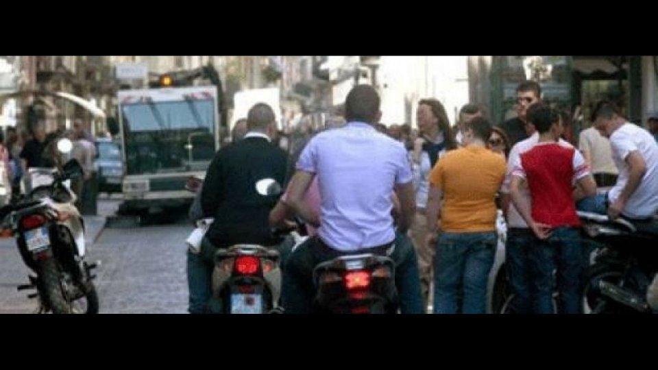 Moto - News: Lavoratore cade senza casco: zero rimborso