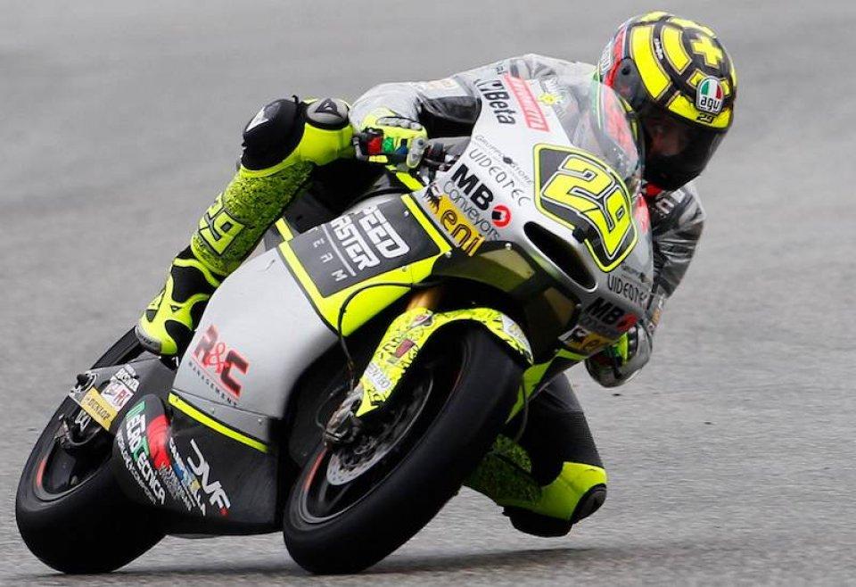 Moto - News: Moto2, Aragon: Iannone 1º nella pioggia