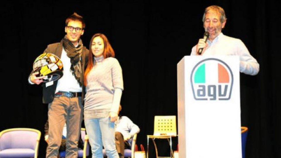 Moto - News: AGV: oltre 16 mila euro a favore della Fondazione Simoncelli