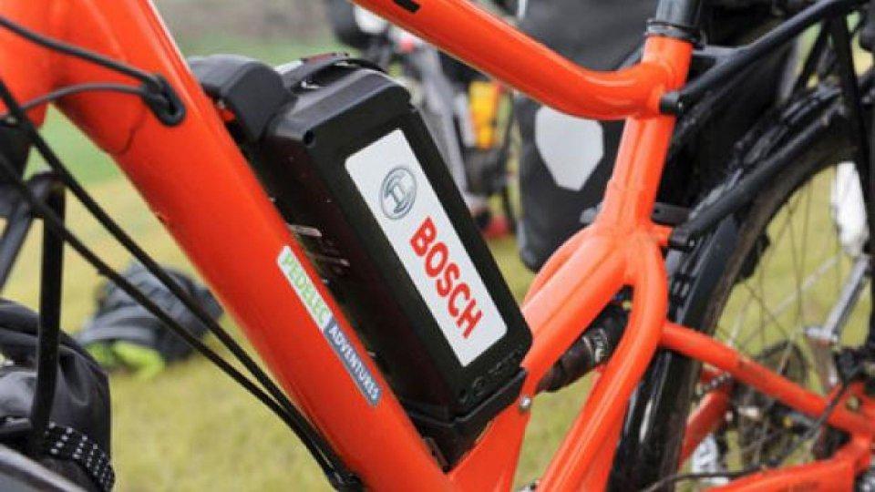 Moto - News: Bosch: l'eBike promossa da Pedalec Adventures