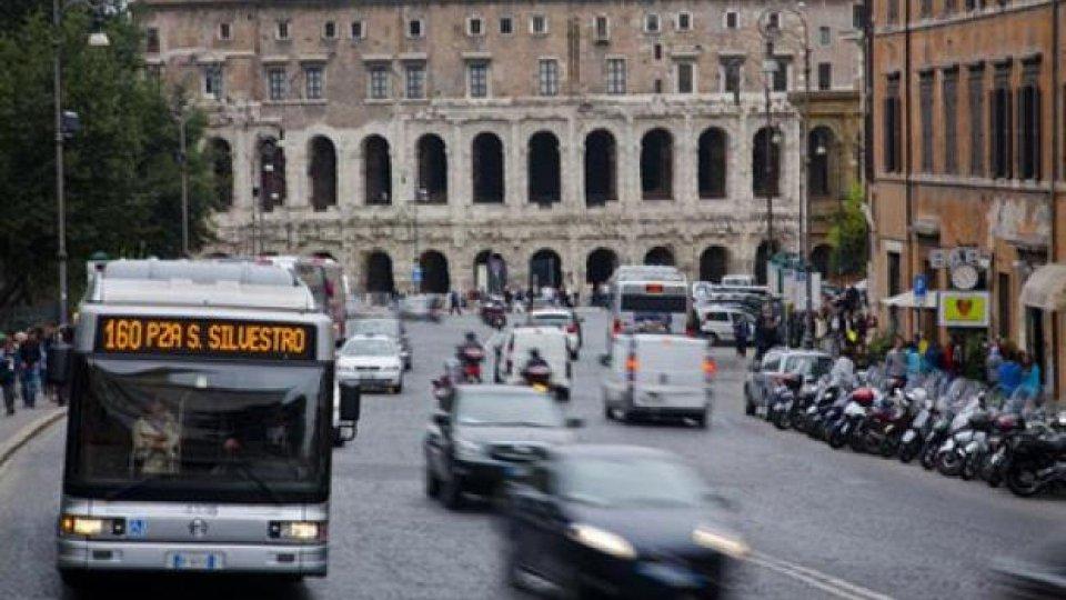 Moto - News: Roma: targhe alterne! Dispari ferme il 9, le pari il 10