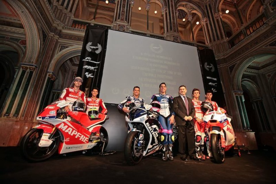 "Moto - News: MotoGP: Aspar ""benedice"" le due ruote"