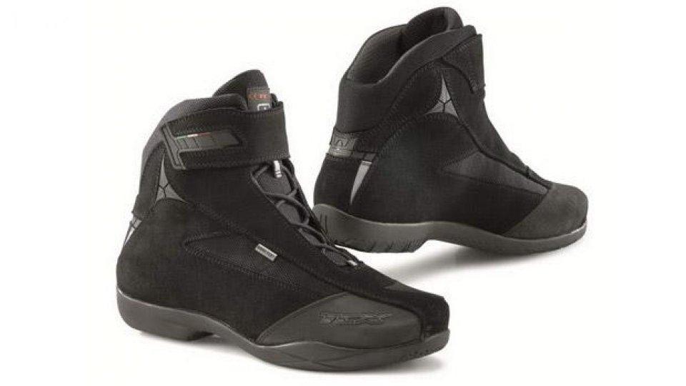Moto - News: TCX: nuova scarpa tecnica Jupiter Evo Gore-Tex