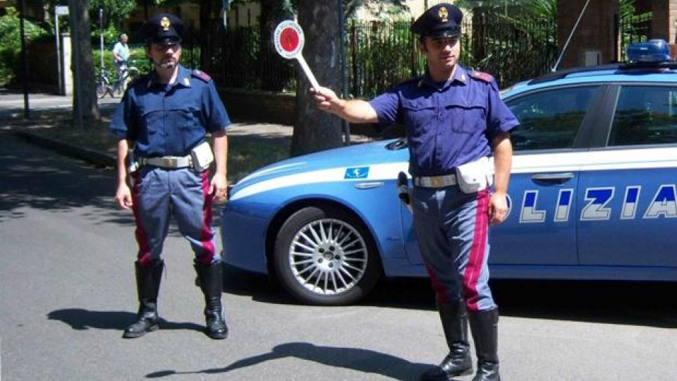 Moto - News: Scooterista investe un Agente a Salerno