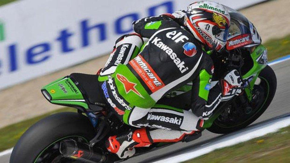 Moto - News: Superbike 2014, Assen, Superpole: Baz e la danza della pioggia