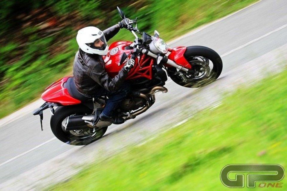 Ducati Monster 821: velocità nuda e cruda
