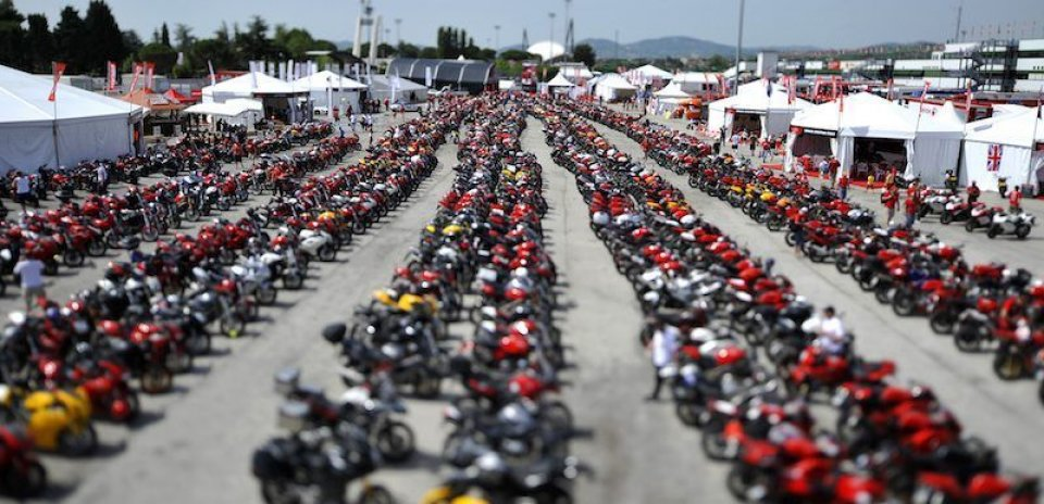 World Ducati Week: Misano si tinge di Rosso