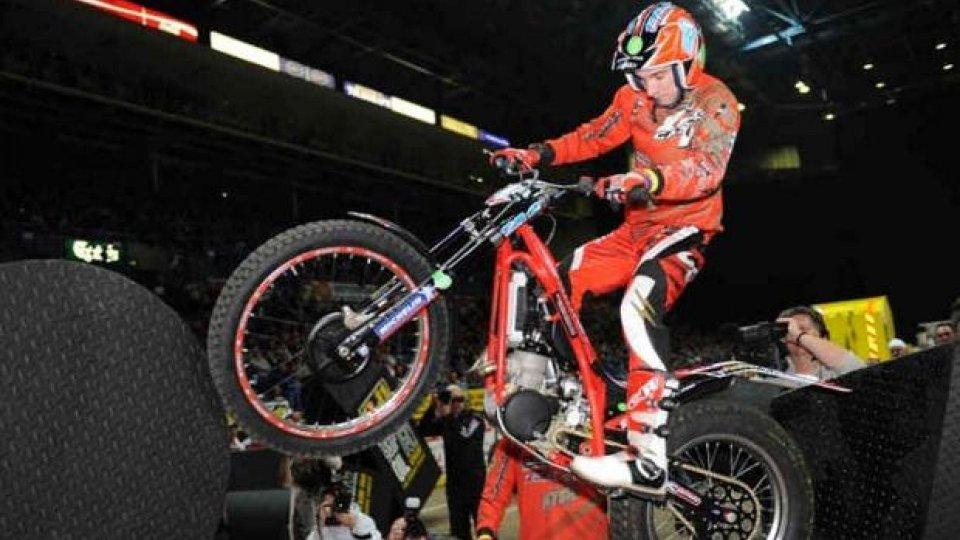 Moto - News: Ex campione del mondo trial arrestato per vendita di merce contraffatta