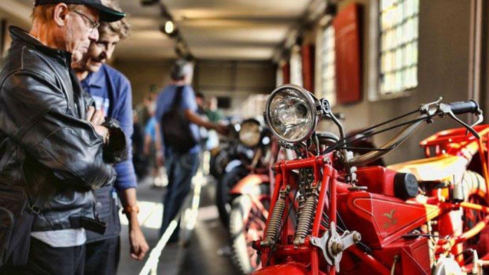 Moto - News: In 10.000 per il Moto Guzzi Open House 2014