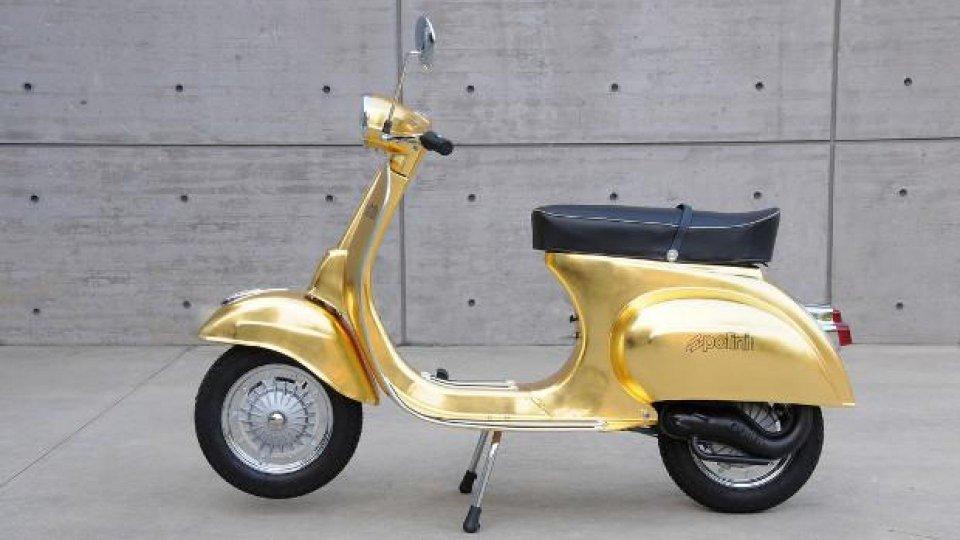 Moto - News: Polini: all'EICMA con una Vespa ricoperta d'oro