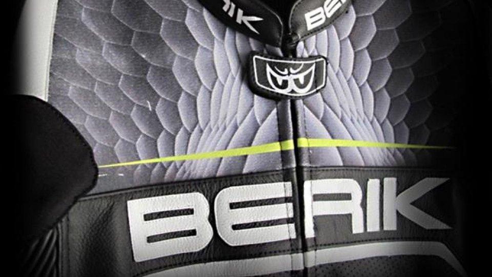 Moto - News: Tuta Berik 2.0 Alien, debutta la tecnologia Extra Tex