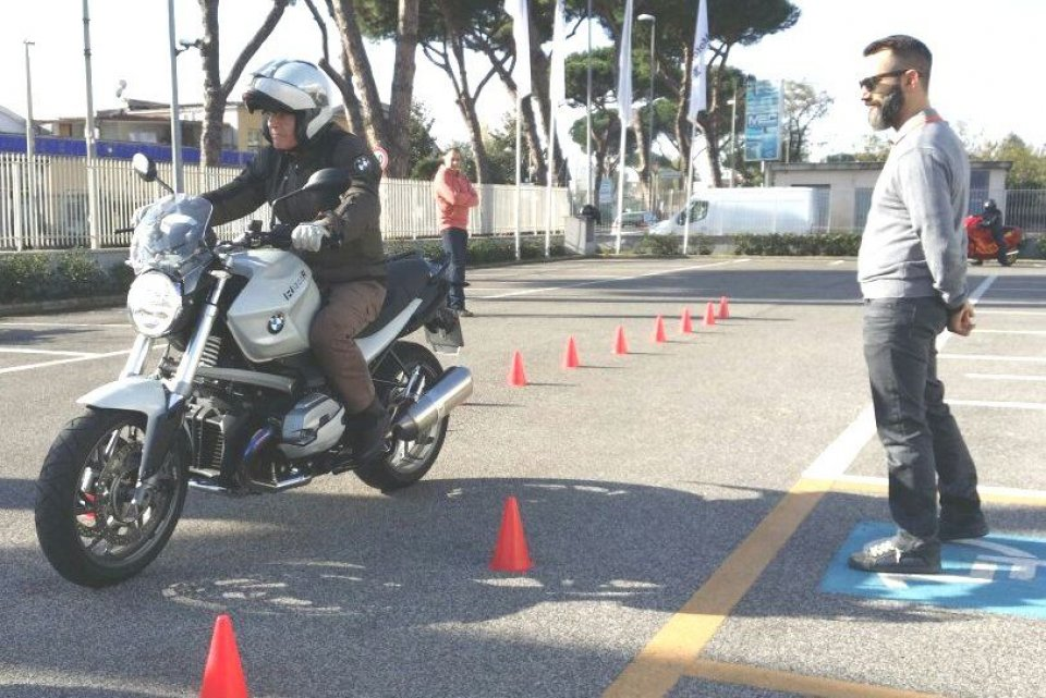 Guida sicura alla filiale BMW di Roma