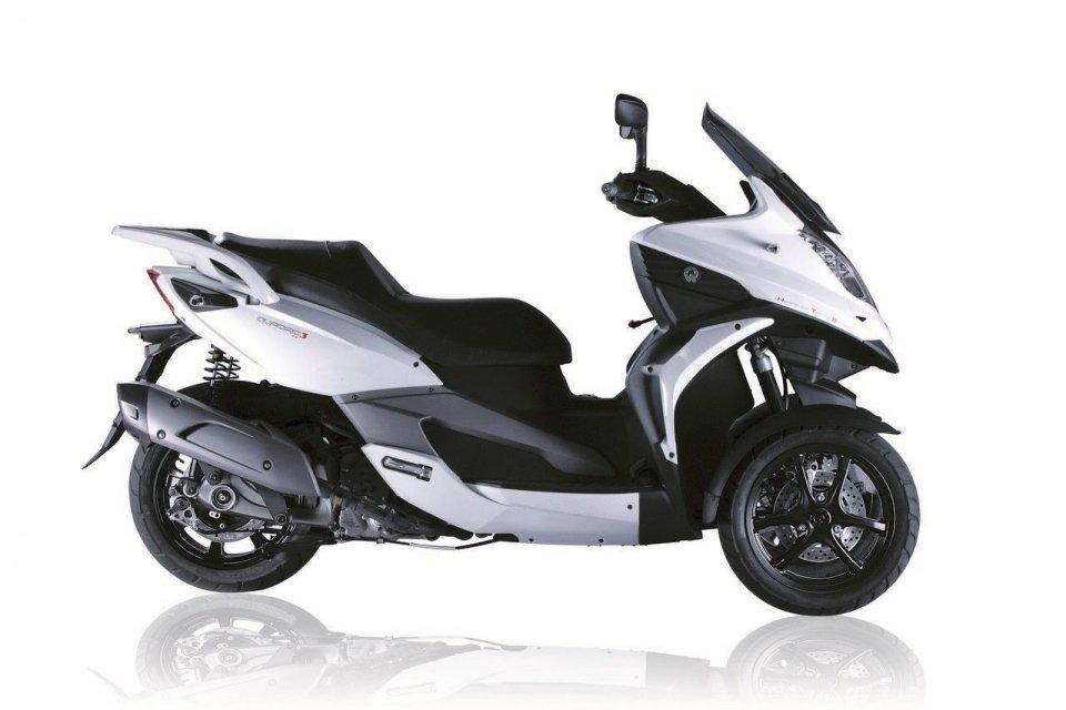 Moto - Scooter: Il tre ruote Quadro si evolve..e si promuove!