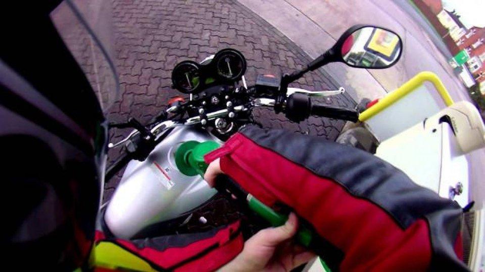Moto - News: Prezzo benzina: rincari costanti e si salirà ancora