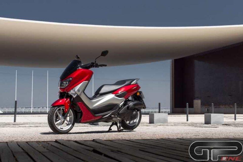 Moto - Scooter: Yamaha NMax: il mini TMax